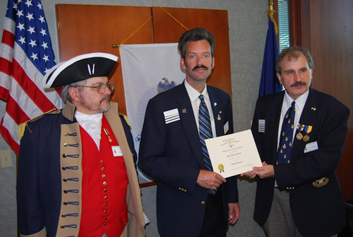 President Dirk Stapleton presented Compatriot Paul Toms with a Supplemental Certificate at the 324th Meeting on Saturday, June 9, 2012, on his patriot ancestor, Joseph Crane. Congratulations to Com­patriot Toms!