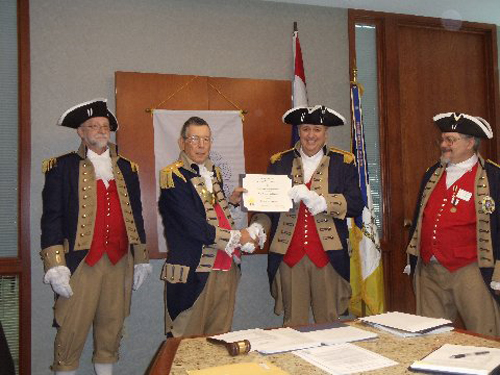 Compatriot Roy Hutchinson, was presented with a supplemental ancestor certificate for Patriot Ebenezer Hutchinson by Vice president Robert Grover. Congratulations Compatriot Roy Hutchinson.