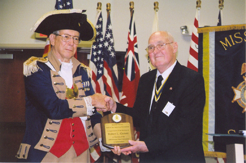 MOSSAR President Bob Comer is shown here presenting a plaque to Major General Robert L. Grover, MOSSAR Color Guard Commander, in appreciation for his efforts in the year 2008 as the MOSSAR Color Guard Commander at the 118th Annual Missouri State Convention in Independence, Missouri on April 25-26, 2008.