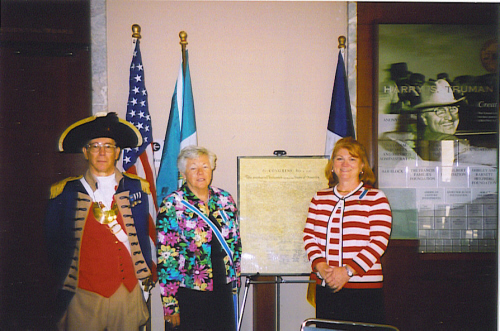 Major General Robert L. Grover, MOSSAR Color Guard Commander is shown here participating in a Constitution Day Booth, along with both the State of Missouri and local DAR regents at the Harry S. Truman Library in Independence, MO on September 17, 2007
